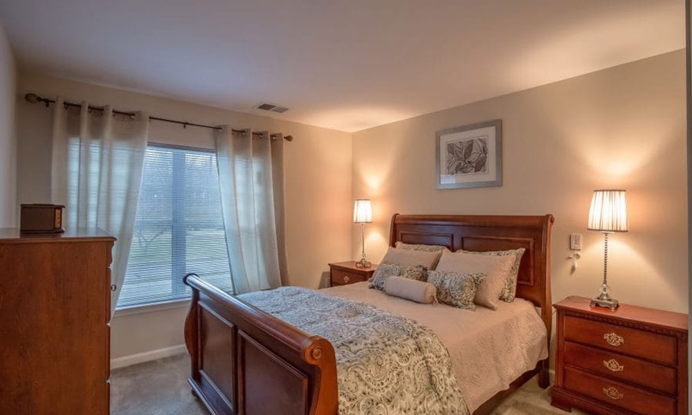 The Arbors at Culpeper bedroom